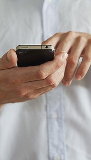 Choáng váng khi đọc những dòng tin nhắn của vợ - Hôn nhân - Gia đình
